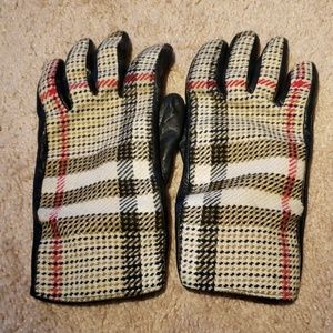 Burberry London Leather Gloves